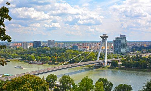 Mosty Bratislavy: SNP Bratislavu spája, ale aj rozdeľuje