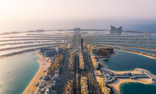 Metropoly a voda X: V Dubaji sa míňali nábrežné plochy, tak vytvorili umelé ostrovy